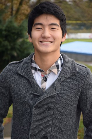 Josh Lee sports a gentlemen's prep style.  He is an enthusiastic senior at LHS, who runs cross country, swims, and plays tennis.  The three sport athlete also is an avid member in Key Club and hopes to become a pediatrician someday.